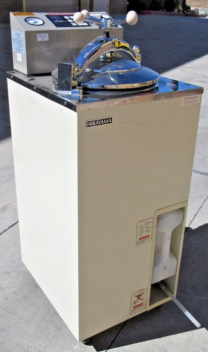 AUTOCLAVE HA-300MIV STEAM STERILIZER