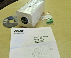NEW PELCO IXE31 IP SRX E FIXBOX POE CAMERA 3MP SVIS CS W/ SUREVISION